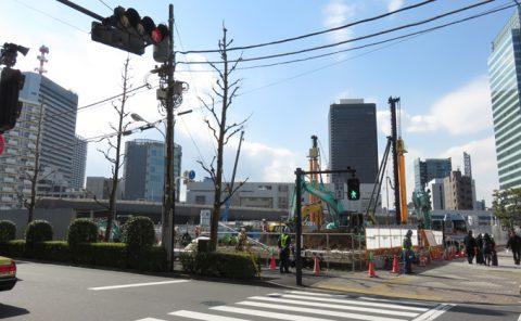 2017年3月、工事が進む都産貿浜松町館跡地の様子を観察
