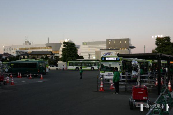 浦和競馬場 送迎バス乗り場
